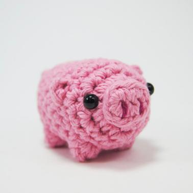 https://www.reddit.com/r/aww/comments/aoa4u1/i_crocheted_a_little_piglet_and_thought_you_guys/